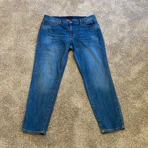 FRYE High Rise Tapered Leg Worn In Mom Jeans 12